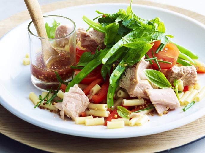"**[Tuna macaroni salad](https://www.womensweeklyfood.com.au/recipes/tuna-macaroni-salad-10473|target=""_blank"")**"