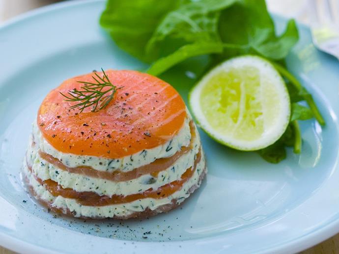 "**[Smoked salmon and cream cheese stacks](https://www.womensweeklyfood.com.au/recipes/smoked-salmon-and-cream-cheese-stacks-4406|target=""_blank"")**"