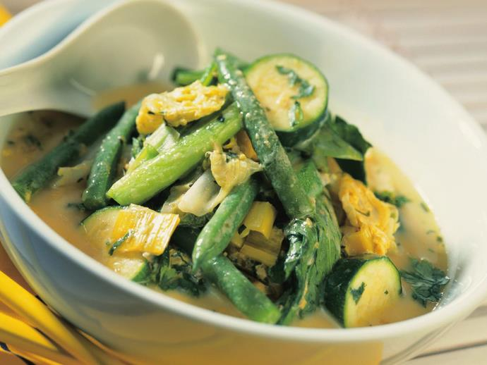 "**[Thai-style green vegetable curry](https://www.womensweeklyfood.com.au/recipes/thai-style-green-vegetable-curry-10550|target=""_blank"")**"