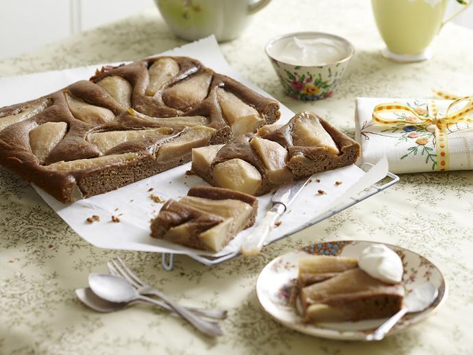 "**[Caramelised pear and gingerbread slice](https://www.womensweeklyfood.com.au/recipes/caramelised-pear-and-gingerbread-slice-10142|target=""_blank"")**"