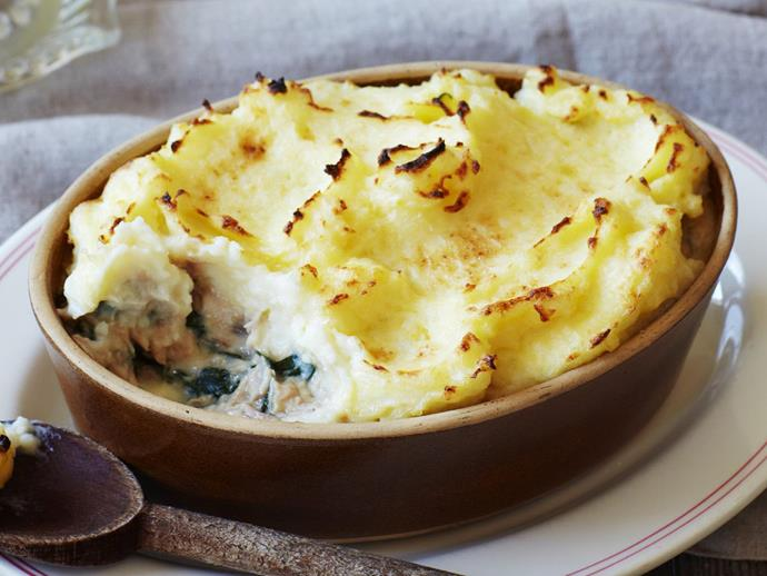 """**[Tuna and spinach potato pie](https://www.womensweeklyfood.com.au/recipes/tuna-spinach-potato-pie-10236 target=""""_blank"""")**  The family will love this comforting pie."""