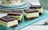 Mint-chocolate cheesecake slice