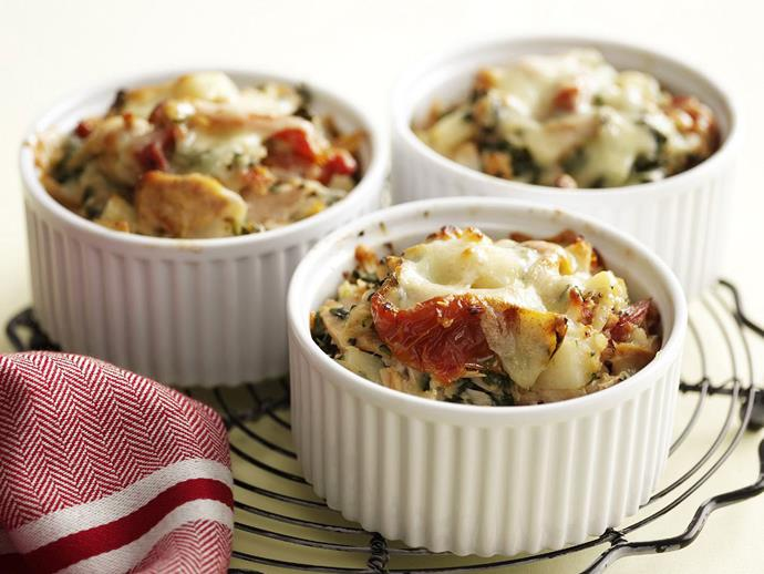 "**[Potato and tuna bake](https://www.womensweeklyfood.com.au/recipes/potato-and-tuna-bake-4223|target=""_blank"")**"