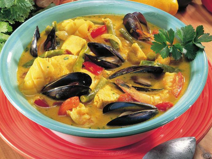 "**[Mixed seafood coconut curry](https://www.womensweeklyfood.com.au/recipes/mixed-seafood-coconut-curry-15115|target=""_blank"")**  Full of creamy coconut flavour and packed with jewels of the sea, this seafood curry is a celebration of all things tropical. Adjust the chilli for more or less kick, and serve with rice to mop up that delicious sauce."