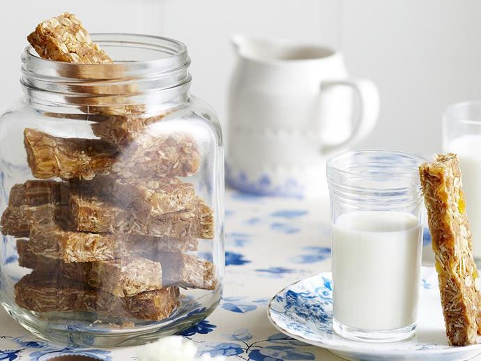 "**[Tropical fruit flapjacks](https://www.womensweeklyfood.com.au/recipes/tropical-fruit-flapjacks-9618|target=""_blank"")**  These flapjacks make a great snack for lunchboxes or to serve as morning tea. We used dried pineapple, papaya and mango in this recipe. You could also try chopped dates or figs."