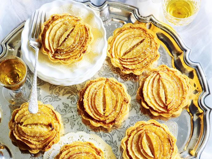 "**[Caramelised apple and custard tarts](https://www.womensweeklyfood.com.au/recipes/caramelised-apple-and-custard-tarts-9719|target=""_blank"")**"