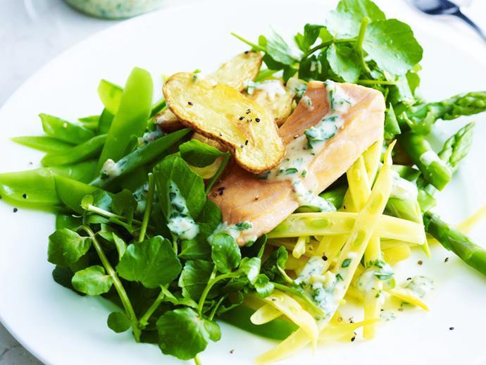 "**[Roasted salmon and warm potato salad](https://www.womensweeklyfood.com.au/recipes/roasted-salmon-and-warm-potato-salad-3914|target=""_blank"")**"