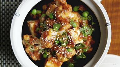 Cauliflower, pea and paneer balti