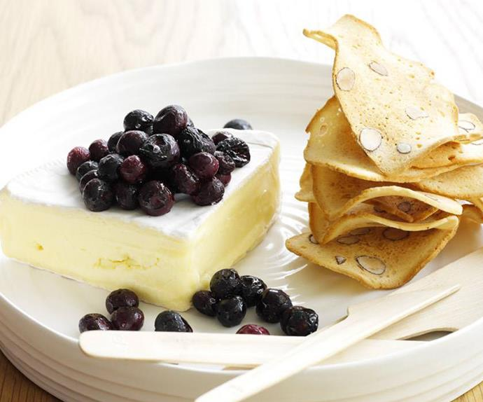 Roasted blueberries with brie