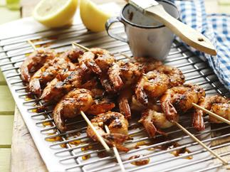 CHILLI MARINATED PRAWN SKEWERS