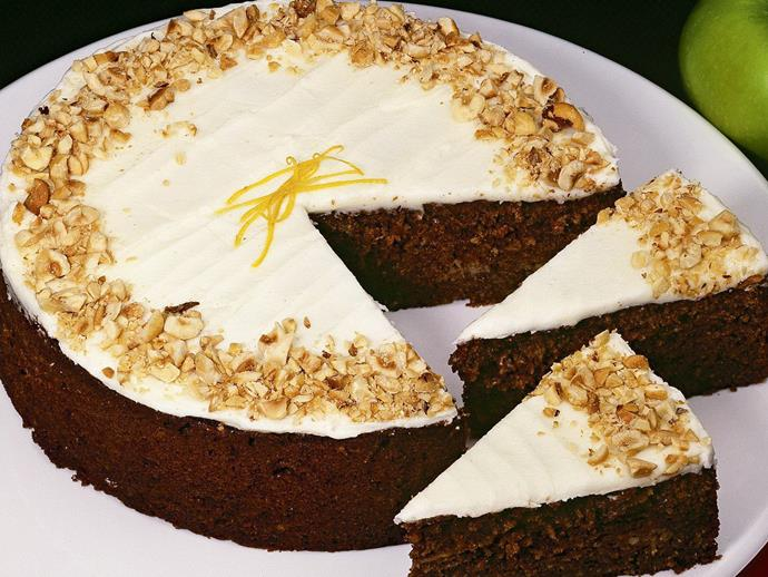 "**[Spiced fruit and yoghurt cake](https://www.womensweeklyfood.com.au/recipes/spiced-fruit-and-yoghurt-cake-9390|target=""_blank"")**"