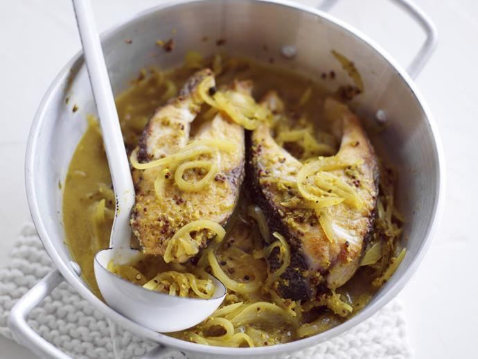 "**[Annamese sour fish curry](https://www.womensweeklyfood.com.au/recipes/annamese-sour-fish-curry-9490|target=""_blank"")**"