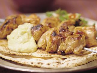 chicken kebabs with garlic sauce