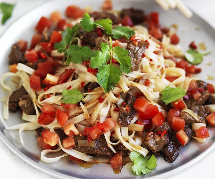 THAI SPICY BEEF & NOODLE STIR-FRY