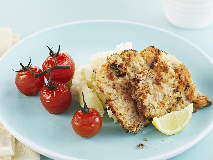 """Quick, easy and delicious, these [veal schnitzels](https://www.womensweeklyfood.com.au/recipes/veal-schnitzel-potato-smash-and-roasted-tomatoes-8692
