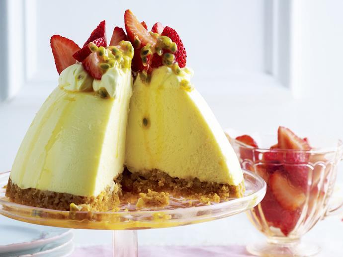 "**[Sour cream cheesecake](https://www.womensweeklyfood.com.au/recipes/sour-cream-cheesecake-3545 target=""_blank"")**"