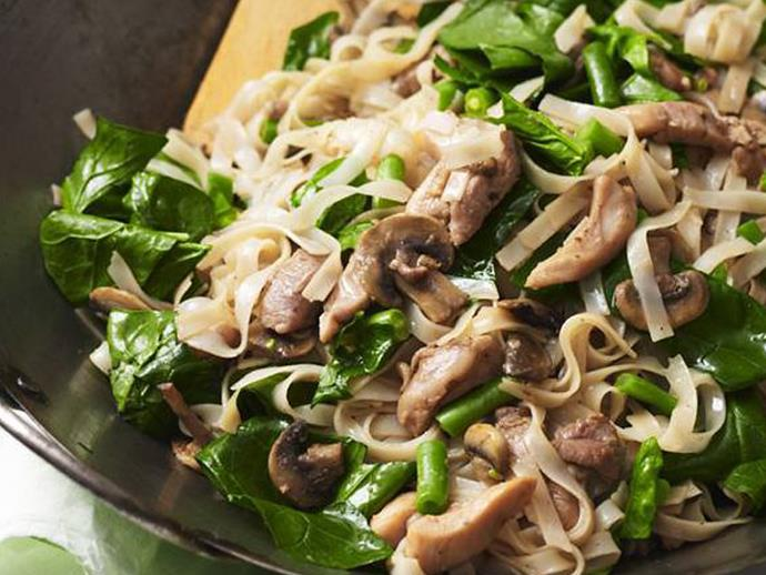 "A quick, healthy and simple Asian-style stir-fry of [chicken and spinach noodles](https://www.womensweeklyfood.com.au/recipes/chicken-and-spinach-noodles-3550|target=""_blank"")."