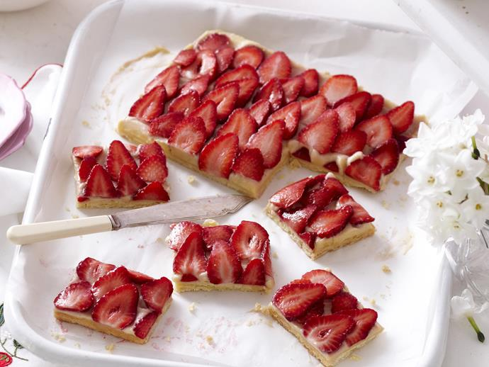 "**[Strawberry custard slice](https://www.womensweeklyfood.com.au/recipes/strawberry-custard-slice-3570|target=""_blank"")**"