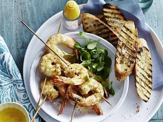 GRILLED PRAWNS WITH LEMON GRASS & LIME