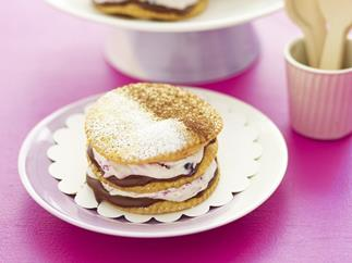 berry and nutella shortcakes
