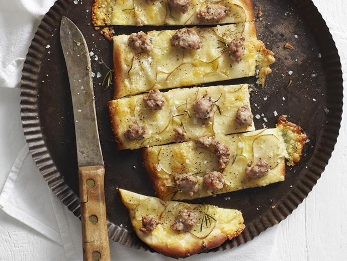 "**[Potato and sausage pizza](https://www.womensweeklyfood.com.au/recipes/potato-and-sausage-pizza-3461|target=""_blank"")**"