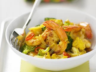 spiced coconut prawn stir-fry