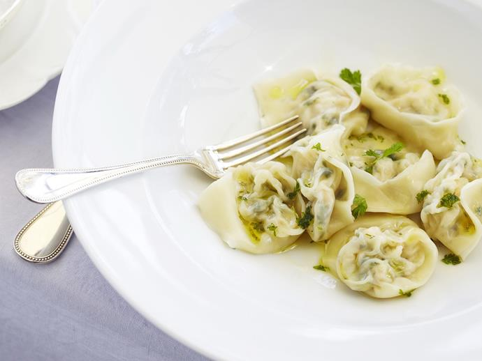 """This light, delicate [seafood tortellini](https://www.womensweeklyfood.com.au/recipes/prawn-and-scallop-tortellini-3065