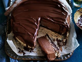 Chilli chocolateICE-CREAM TORTE