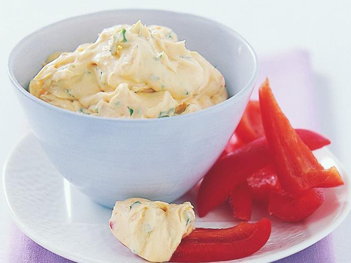 "**[Sweet chilli cream cheese dip](https://www.womensweeklyfood.com.au/recipes/sweet-chilli-cream-cheese-dip-16340|target=""_blank"")**"