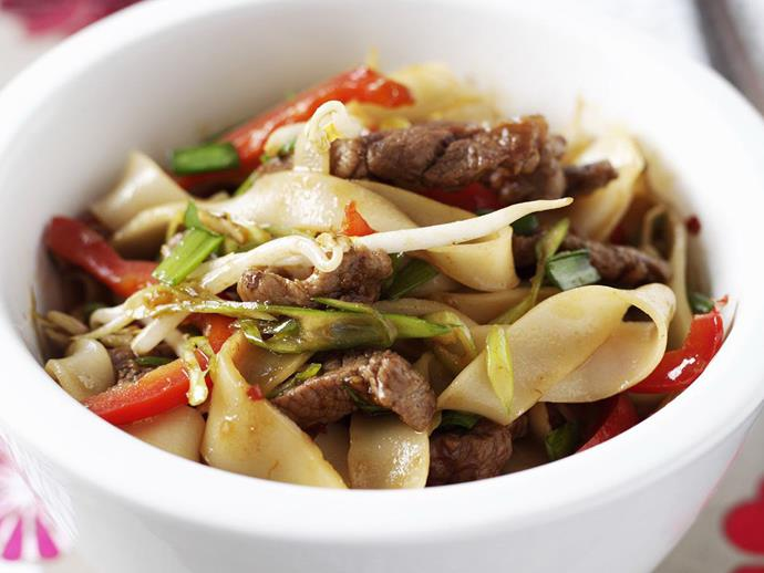"**[Beef kway teow](https://www.womensweeklyfood.com.au/recipes/beef-kway-teow-14671|target=""_blank"")** is an easy, speedy noodle dish that makes a great change from midweek takeaways. Experiment with different vegetables like baby corn or julienned carrot to get to your five-a-day target."