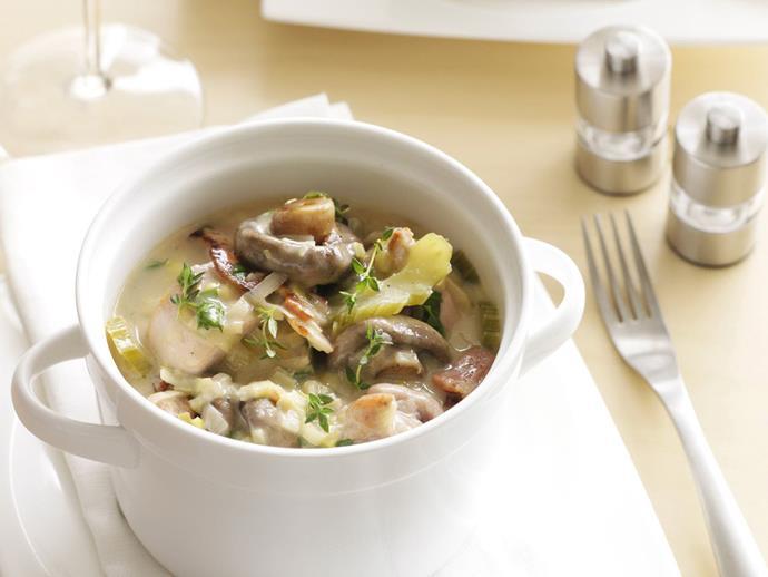 "**[Creamy mushroom, leek and chicken casserole](https://www.womensweeklyfood.com.au/recipes/creamy-mushroom-leek-and-chicken-casserole-7926|target=""_blank"")**"