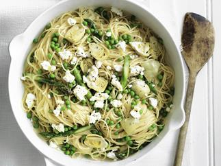 spaghetti with artichokes, asparagus and peas