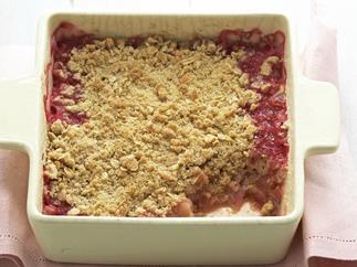 rhubarb, apple and pear crumble