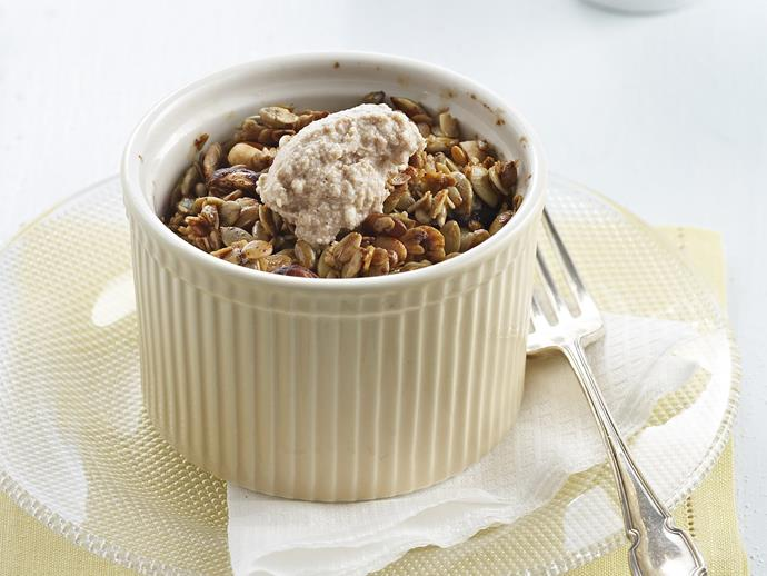 "**[Plum and apple crumble](https://www.womensweeklyfood.com.au/recipes/plum-and-apple-crumble-5706|target=""_blank"")**"