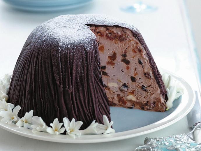 "**[Frozen christmas pudding](https://www.womensweeklyfood.com.au/recipes/frozen-christmas-pudding-13134|target=""_blank"")**  Draped in melted chocolate and frozen, this incredible mixed fruit ice-cream pudding is perfect for a summer Christmas."