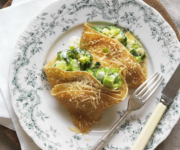 crêpes with creamy broccoli