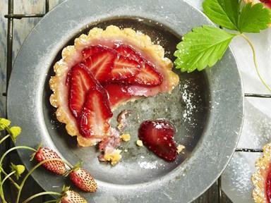 Rhubarb and strawberry custard tarts