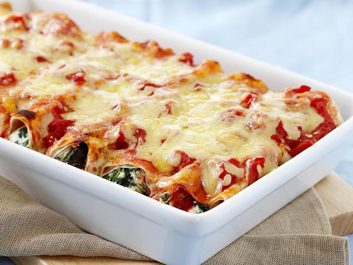 """**[Wholemeal spinach and ricotta cannelloni](https://www.womensweeklyfood.com.au/recipes/wholemeal-spinach-and-ricotta-cannelloni-11952