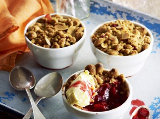 spiced plum and apple crumble