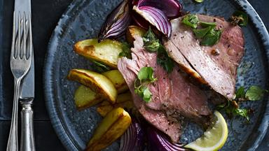 Roast leg of lamb with mustard and herbs