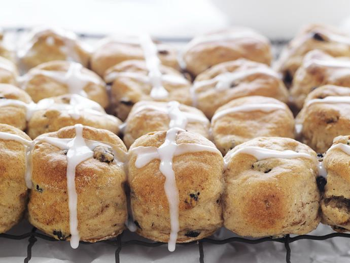 "**[Hot cross bun scones](https://www.womensweeklyfood.com.au/recipes/hot-cross-bun-scones-10862|target=""_blank"")**  Combine the moist, crumbly texture of homemade scones with the fruity flavours and spices of hot cross buns."