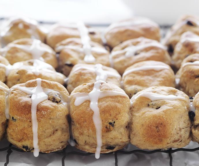 HOT CROSS BUN Scones