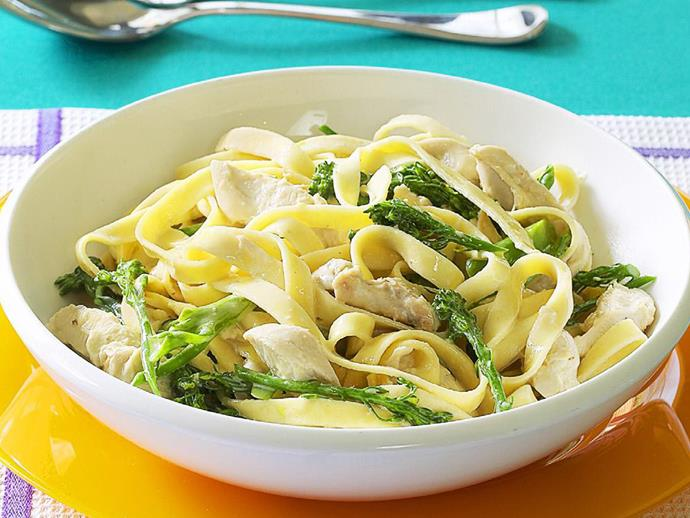"""This creamy [chicken and broccolini tagliatelle](https://www.womensweeklyfood.com.au/recipes/chicken-and-broccolini-tagliatelle-10265