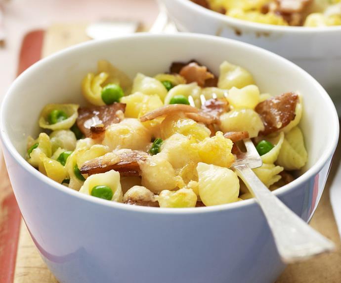 carbonara pasta bake with peas