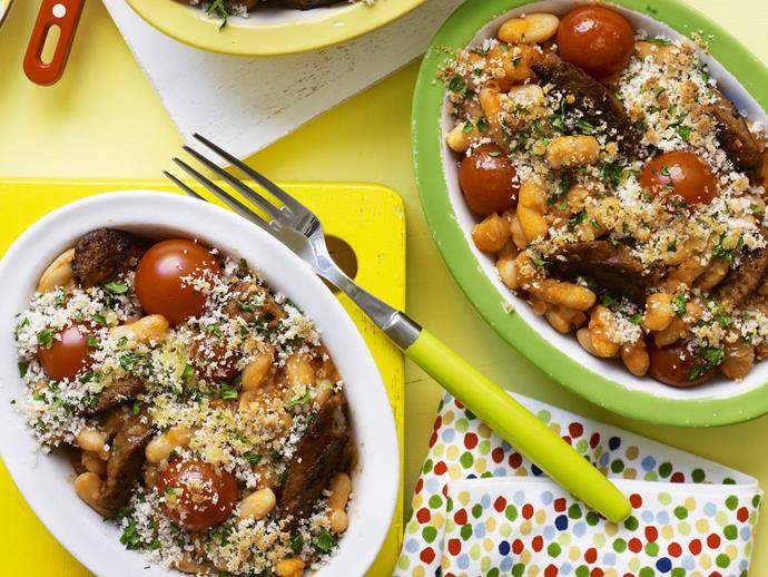 "**[Sausage and bean bake](https://www.womensweeklyfood.com.au/recipes/sausage-and-bean-bake-3512|target=""_blank"")**"
