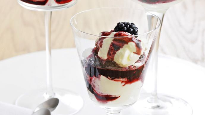 blackberry parfait