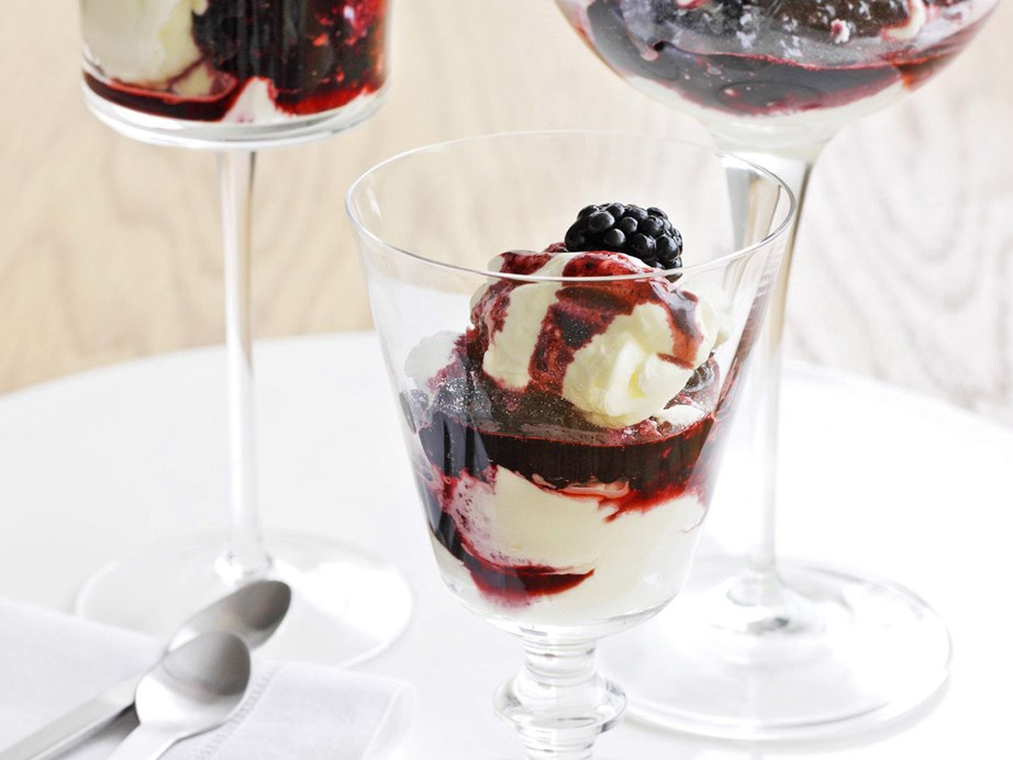 "Looking for something sweet and simple? Then try our creamy **[blackberry parfait](https://www.womensweeklyfood.com.au/recipes/blackberry-parfait-15256|target=""_blank"")**."