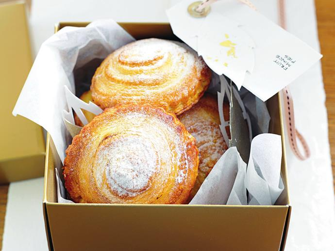 "**[Fruit mince swirl pies](https://www.womensweeklyfood.com.au/recipes/fruit-mince-swirl-pies-8105|target=""_blank"")**  These divine fruit mince filled pasties are the perfect treat for morning or afternoon tea, or make them as gifts at Christmas time."