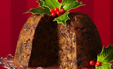 Classic steamed christmas pudding