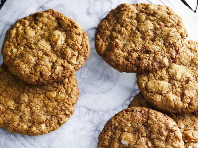 """**[Macadamia Anzac biscuits](https://www.womensweeklyfood.com.au/recipes/macadamia-anzac-biscuits-3215
